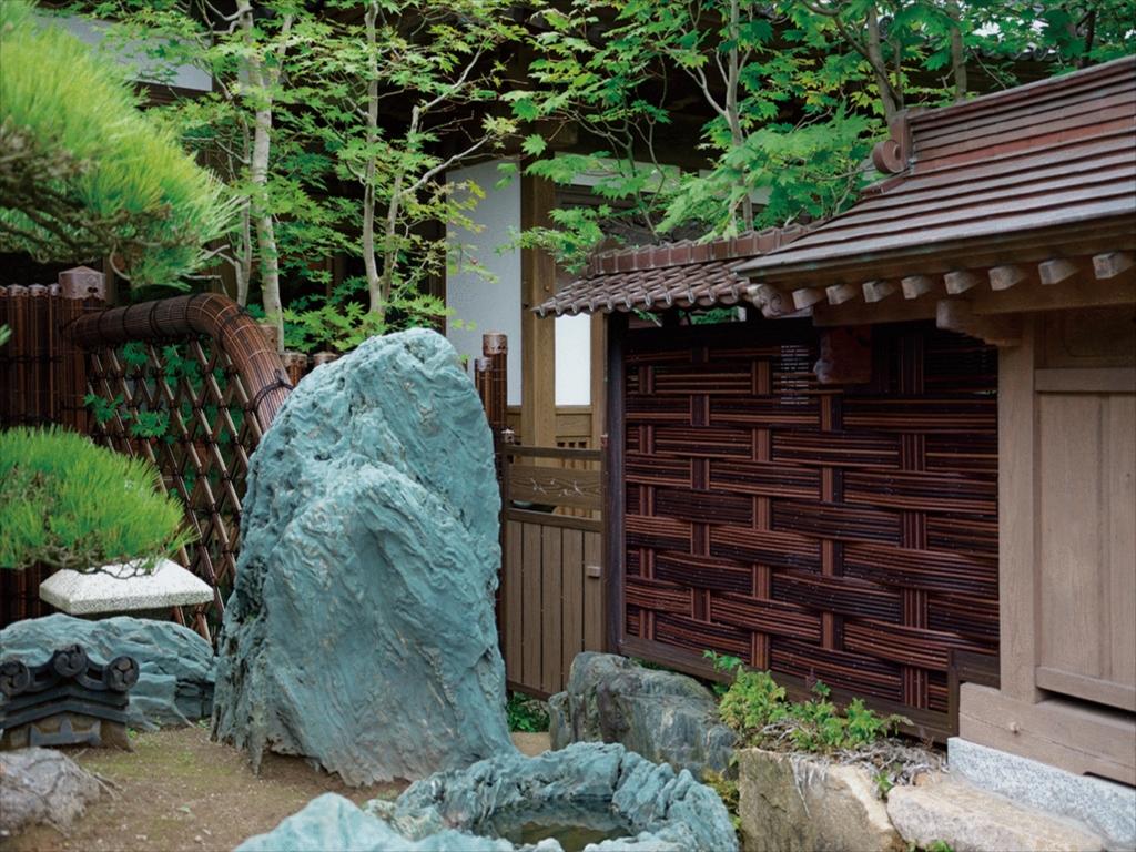 「和」の伝統的な庭